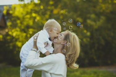 赤ちゃん言葉は時代遅れ【発達が2倍早い正しい話し方の研究紹介】